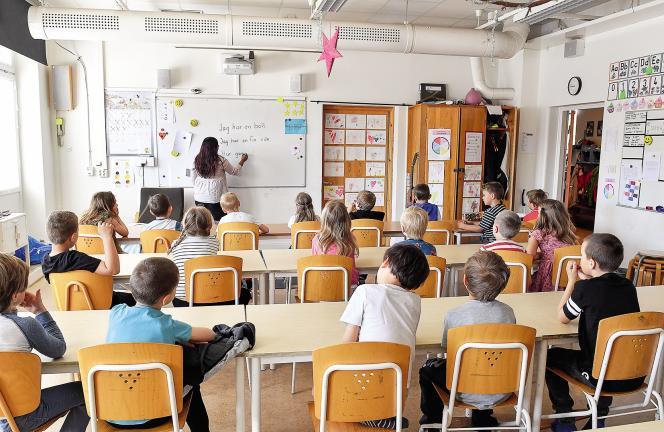 En 2018, l'Office suédois de l'environnement du travail a enregistré 870 plaintes déposées par des enseignants ou des élèves, pour des menaces ou des actes de violence à l'école.