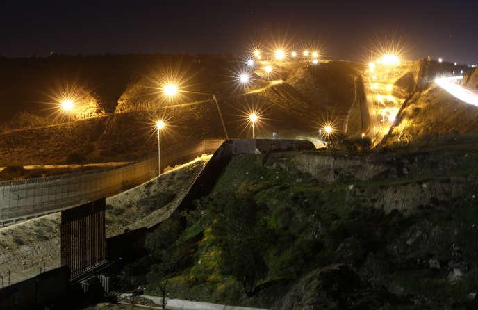 La frontière entre les Etats-Unis et le Mexique, à Tijuana, en janvier.