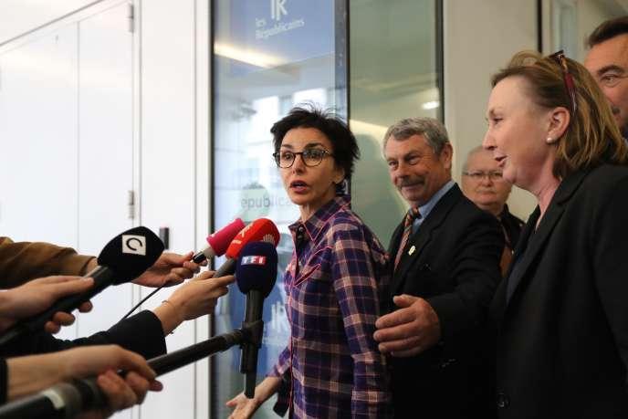 Rachida Dati, membre des Républicains, s'adresse aux journalistes, au siège du parti, le 27 mai, après les élections européennes.