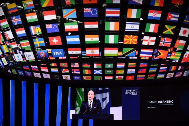 Gianni Infantino sur l'écran du Paris Expo, lors du 69e congrès de la FIFA, le 5 juin.