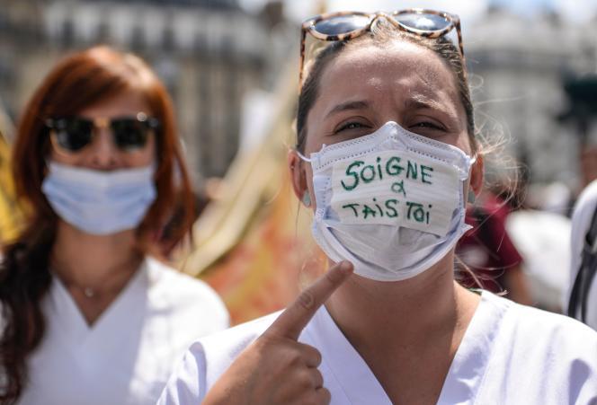 Manifestation d'urgentistes, le 6 juin à Paris.