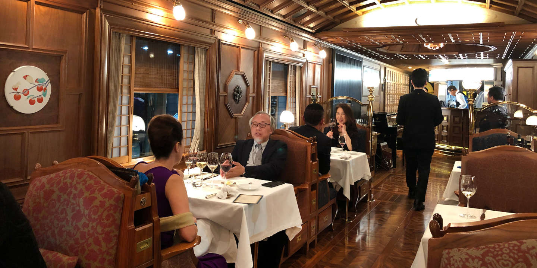 Au Japon, le Nanatsuboshi, folie ferroviaire à « sept étoiles »