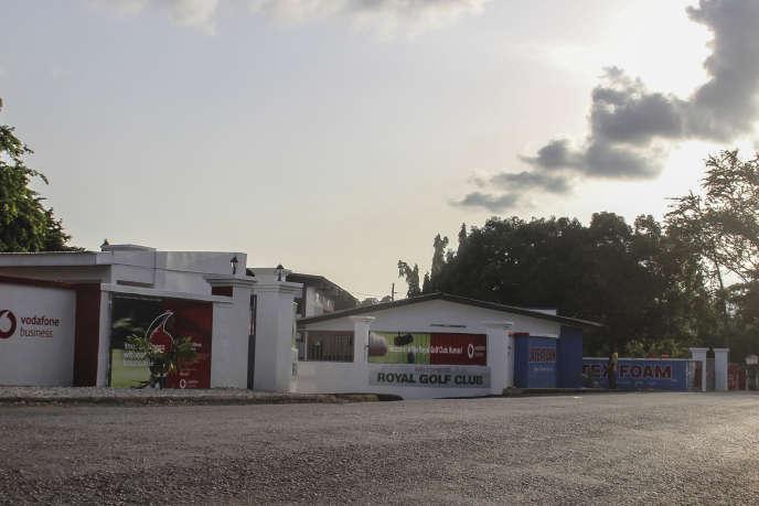 L'entrée principale du Royal Golf Club, le 7juin 2019 à Kumasi, au Ghana, où deux étudiantes canadiennes ont été enlevées.