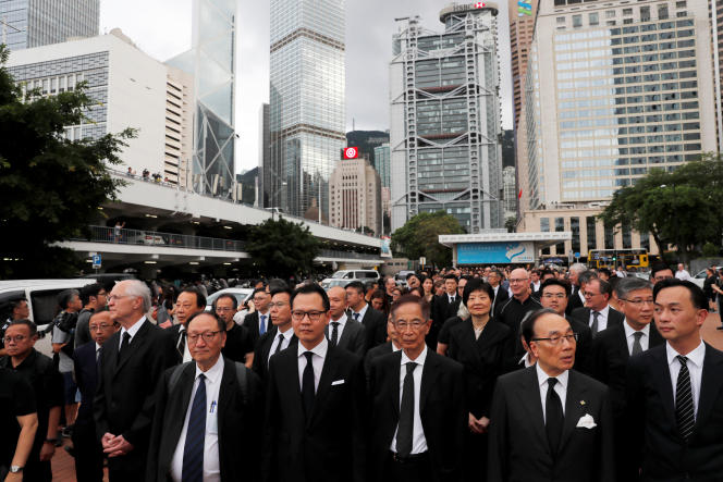 Marche silencieuse d'avocats, à Hongkong, le 6 juin.