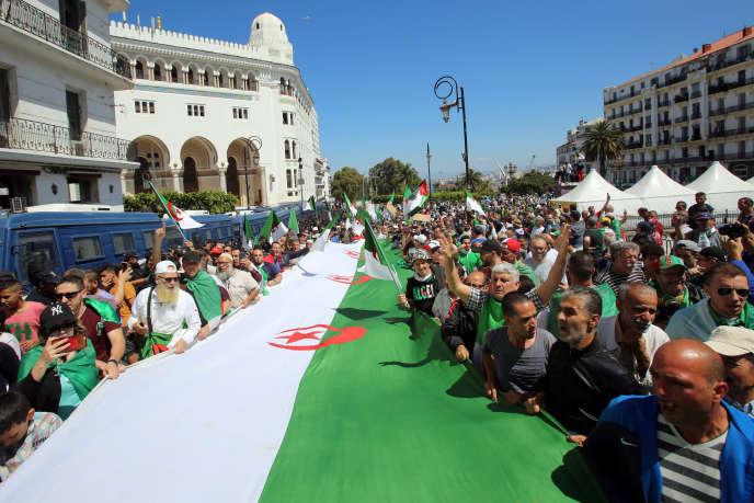 Manifestation à Alger, le vendredi 31 mai 2019.