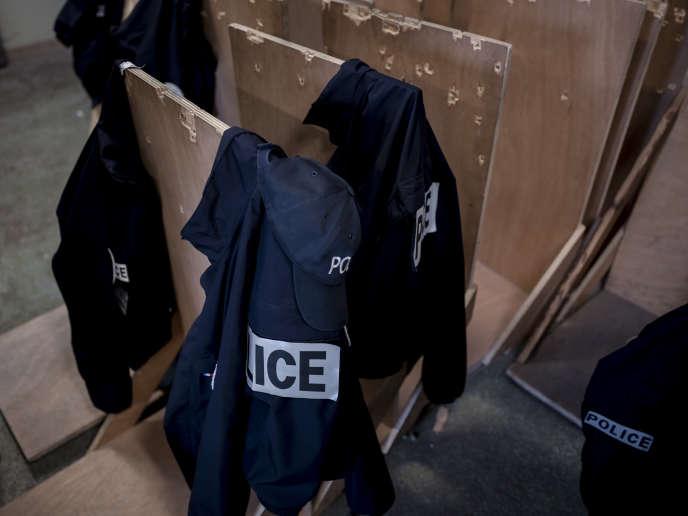 «J'ai vu des gens tomber à l'eau»: retour sur l'opération de police qui a dégénéré à Nantes