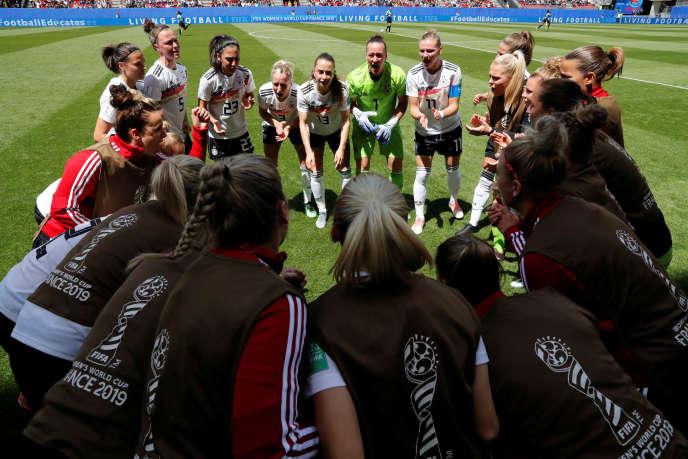 La joie allemande après la victoire face à la Chine, le 8 juin à Rennes.