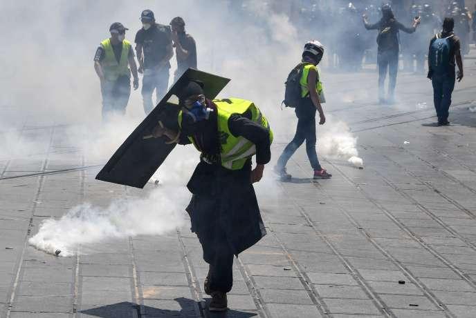 Lors de la manifestation des « gilets jaunes» à Montpellier, le samedi 8 juin.