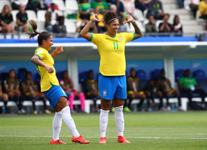 La Brésilienne Cristiane a inscrit un triplé, avec un superbe coup franc.