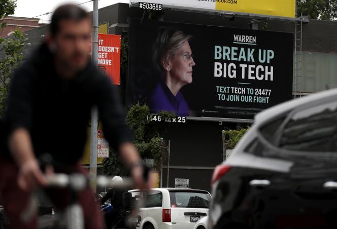Une affiche de campagne de la sénatrice démocrate Elizabeth Warren appelle à démanteler les GAFA, à San Francisco (Californie), le 30 mai.