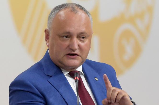 Le président moldave Igor Dodon, le 6 juin, à Saint-Pétersbourg (Russie).