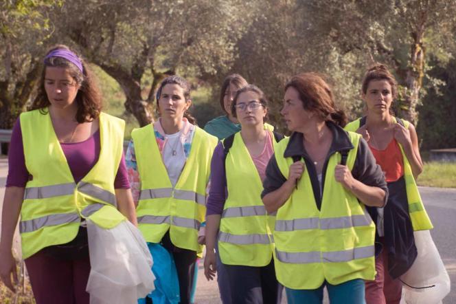 Une partie du groupe de marcheuses filmé parJoão Canijo dans« 11 fois Fatima».
