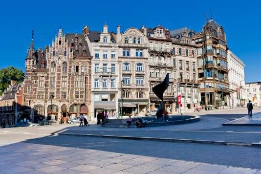 Place Mont des Arts, au centre de la capitale belge, Bruxelles.