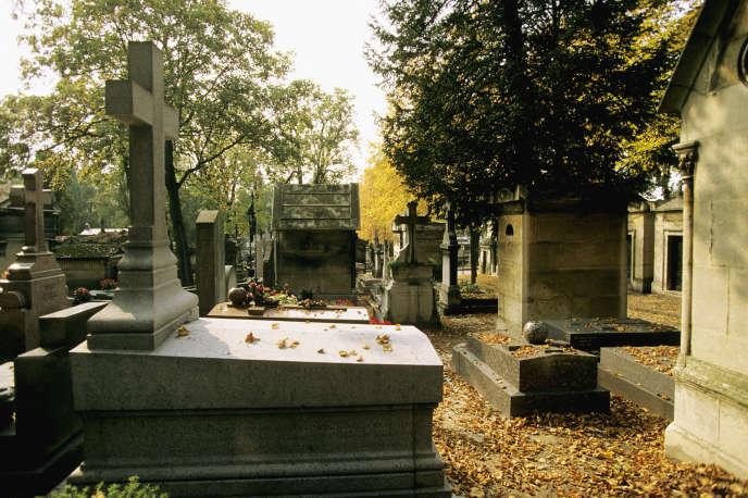 « La nature de l'attributaire n'est aucunement de nature à fragiliser le service public funéraire ni à contribuer à faire exploser les tarifs des obsèques à Paris».Photo: le cimetière du Père-Lachaise, Paris (XXe)
