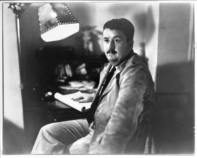 William R.Burnett, en 1945.