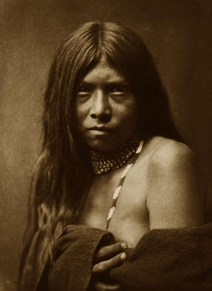 Une Indienne Apache.