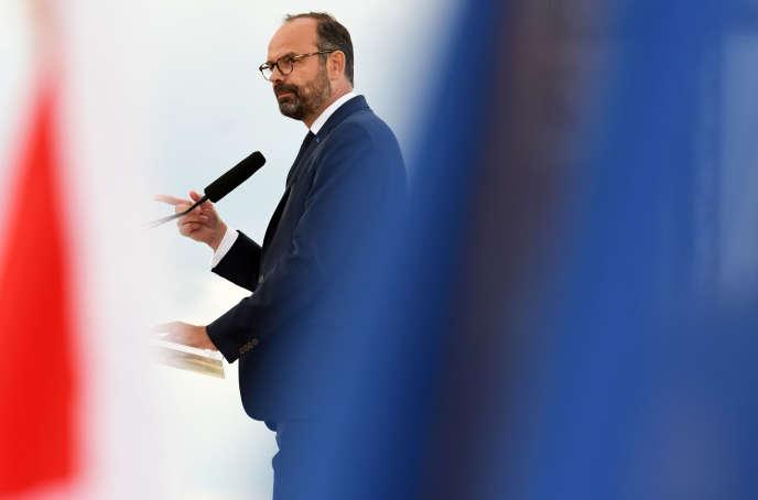 Le premier ministre Edouard Philippe à Courseulles-sur-Mer (Calvados), le 6 juin.