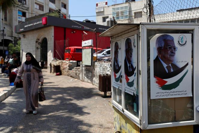 Des affiches de Mahmoud Abbas, le 12 juin àRamallah