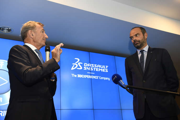 Bernard Charlès, directeur général de Dassault Systèmes, et Edouard Philippe, premier ministre français, le 20 septembre 2018, au siège de l'entreprise à Velizy-Villacoublay.