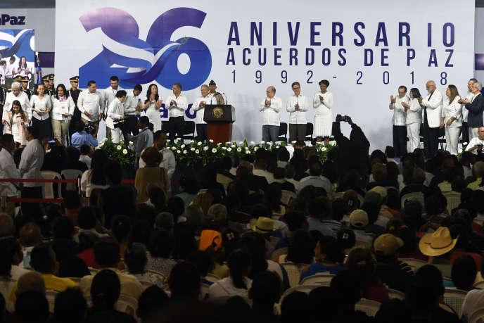 Commémoration du vingt-sixième anniversaire des accords de paix ayant mis fin à la guerre civile au Salvador, en 1992. Le 16 janvier 2018, à San Salvador.