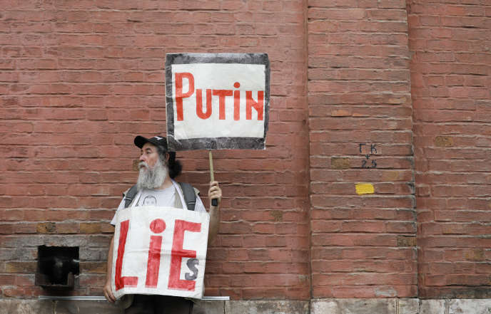 Et en Russie ! - Page 37 Afe84f3_MOS276_RUSSIA-JOURNALIST-PROTESTS_0612_11