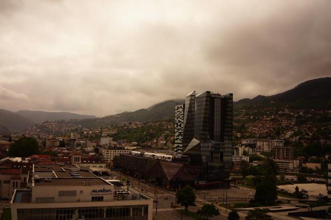Dans le centre-ville de Sarajevo (Bosnie-Herzégovine), le 31 mai.