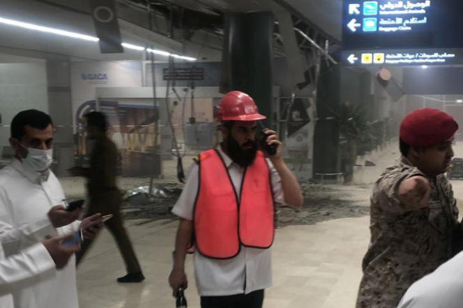A l'aéroport d'Abha (Arabie saoudite), après l'attaque des houthistes yéménites, le 12 juin.