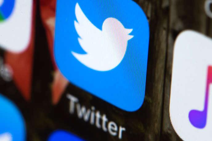 Ces mesures, qui s'appliqueront aux tweets diffusés à partir de jeudi mais pas aux messages antérieurs, sont annoncées au lendemain d'une nouvelle salve d'attaques de Donald Trump.