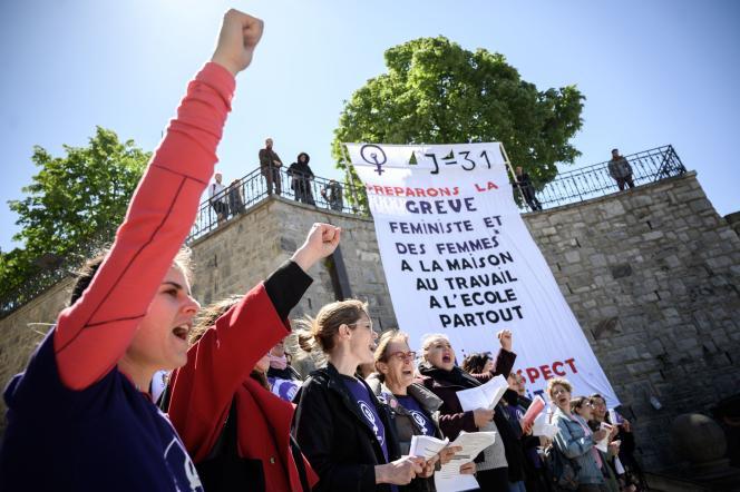Manifestation à Lausanne (Suisse), un mois avantla grève du 14juin.