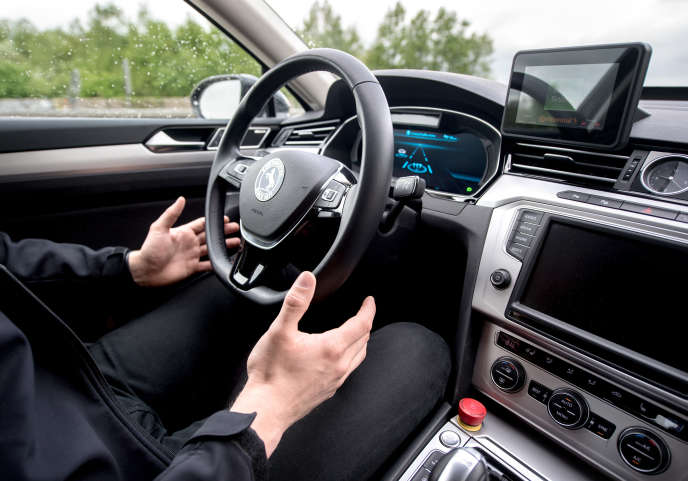 « Si les constructeurs automobiles européens dominent aujourd'hui le marché des transports routiers, la mobilité autonome répond à une organisation très différente où la valeur ne réside plus dans le véhicule lui-même mais dans la capacité à gérer l'intelligence complexe de ces réseaux»