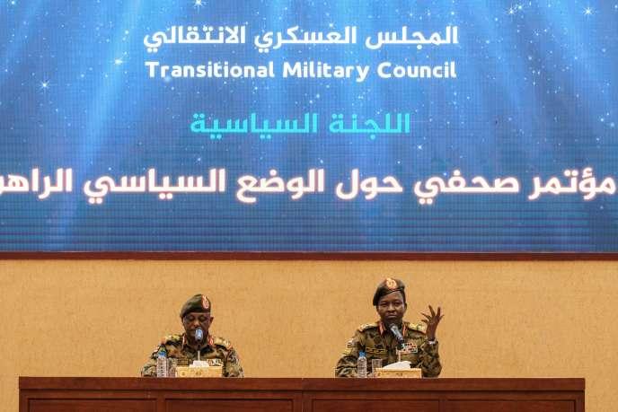 Conférence de presse du Conseil militaire de transition à Khartoum, le 13 juin 2019.