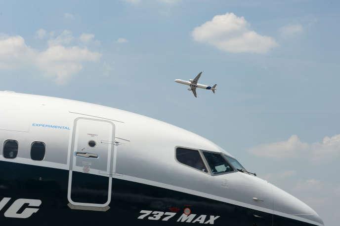 Boeing a confirmé, lundi 17juin, qu'il «travaille avec l'Agence américaine de l'aviation et les autres autorités dans le monde». Mais uneremise en service du 737Max ne pourra être que progressive.