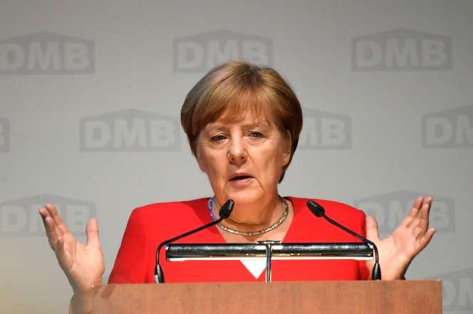 La chancelière Angela Merkel lors d'un discours à Cologne, le 14 juin.