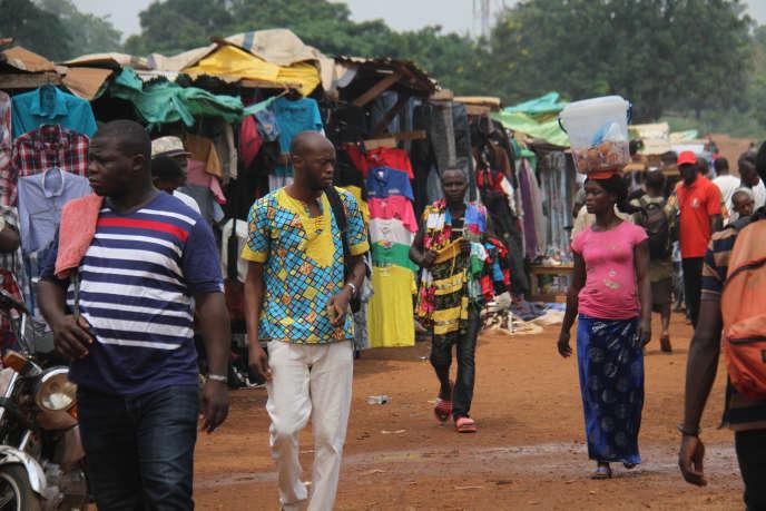 A Bangui, en juin 2019, sur le Marché central du quartier PK5, les affaires reprennent progressivement.