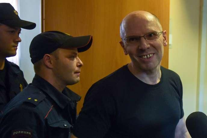 La justice russe libère le rédacteur en chef d'un journal connu pour ses enquêtes sur la corruption
