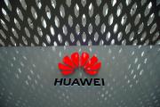 Le logo de Huawei, à l'aéroport internatinal de Shenzhen, le 17 juin.
