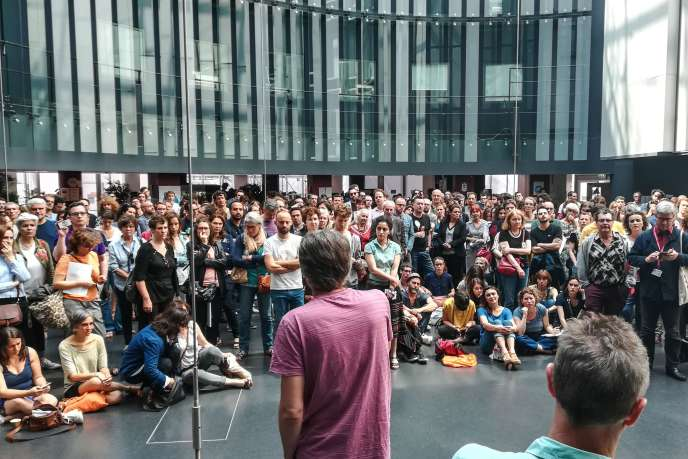 Assemblée générale des salariés en grève de Radio France, mardi 18 juin.