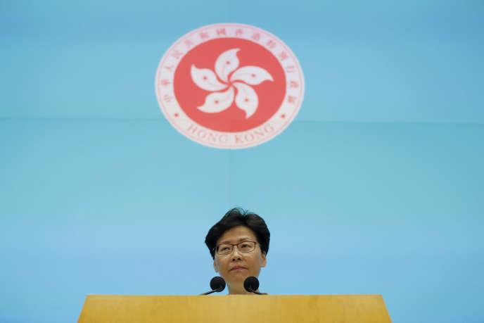 Carrie Lam lors d'une conférence de presse à Hongkong, mardi 18 juin.
