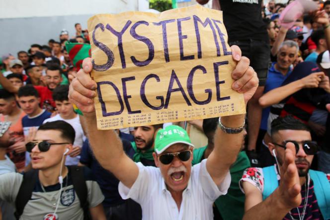 Manifestation à Alger contre le pouvoir, le 14 juin 2019.