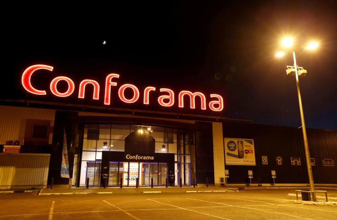 Un magasin Conforama à Bordeaux.