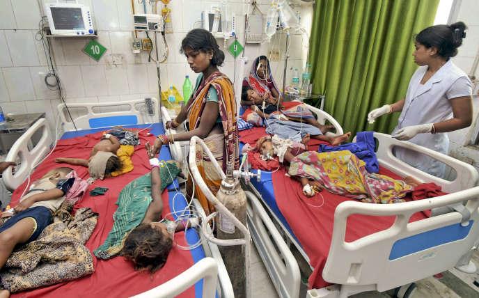 Le Sri Krishna Medical College Hospital de Muzaffarpur, dans l'Etat indien du Bihar, est débordé par une épidémie d'encéphalite affectant les enfants.