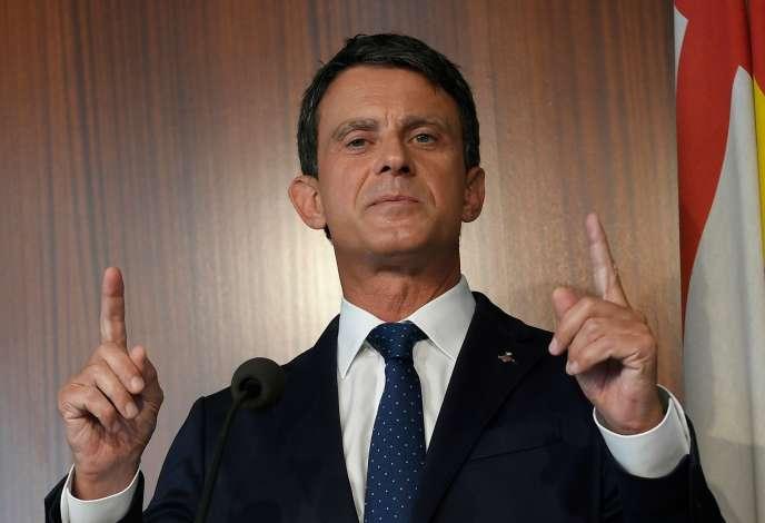 Manuel Valls lors d'une conférence de presse à Barcelone, le 19 juin.