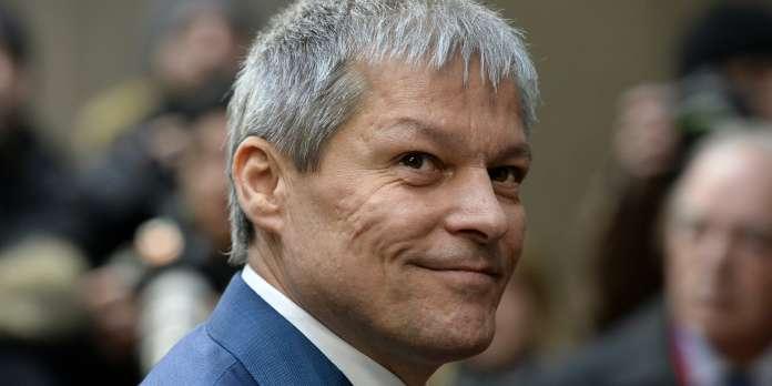 Le Roumain Dacian Ciolos élu président des libéraux européens à Strasbourg