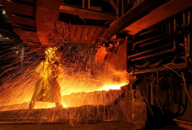Dans une usine de traitement de nickel en Indonésie, en 2012.