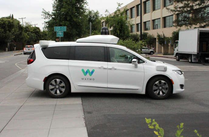 Renault et Nissan ont annoncé, jeudi 20 juin, la signature d'un accord avec Waymo pour la voiture autonome.
