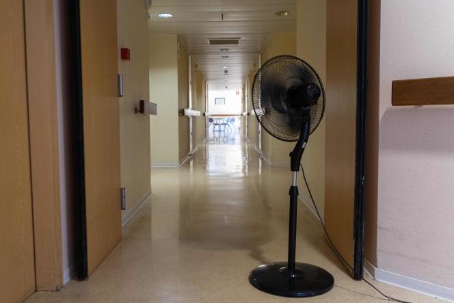 Un ventilateur dans une maison de retraite à Souffelweyersheim dans le Bas-Rhin, lundi 24 juin.