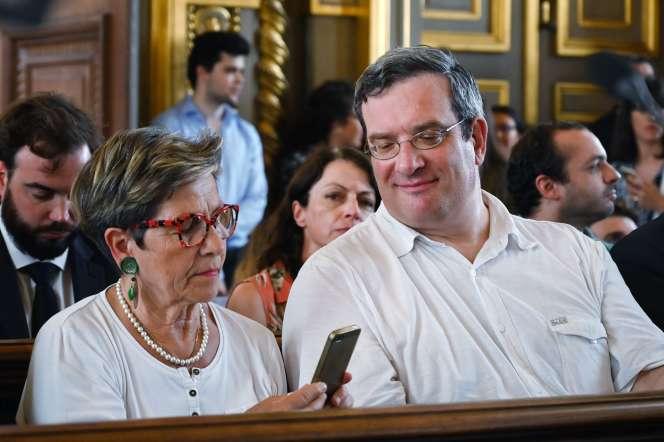 Viviane Lambert, la mère de Vincent Lambert, et son avocat Jean Payot, le 24 juin, à la Cour de cassation, à Paris.