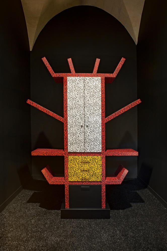 Buffet en bois et stratifié plastique, Casablanca (1981) par Ettore Sottsass (collection MADD-Bordeaux).