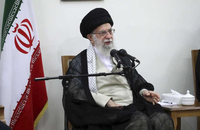 Le Guide suprême Ali Khamenei, à Téhéran, le 19 juin.
