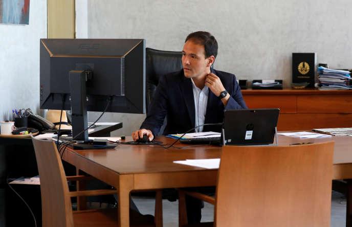 Le secrétaire d'Etat au numérique, Cédric O, lors de son entretien avec l'agence de presse Reuters, à Bercy (Paris), le 25 juin.